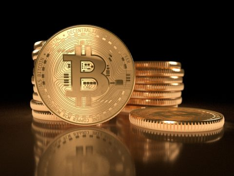 Analysts Say V-Shaped Recovery from Bitcoin's Drop Unlikely