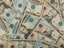 Financial World is Drowning in US Dollars