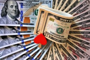 Dollar Slumps to Two-Months Low, More Weakness Expected