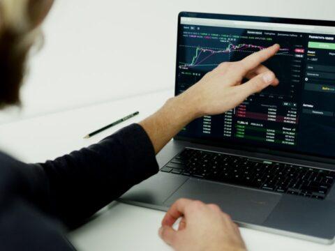 International Trading Revenue